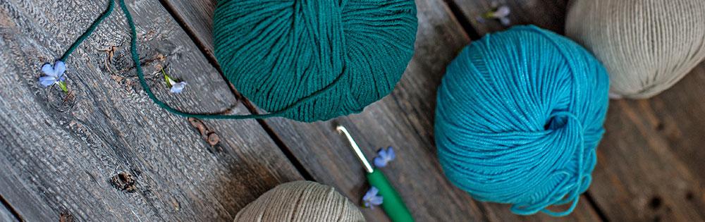 yarn knitting blue yarn